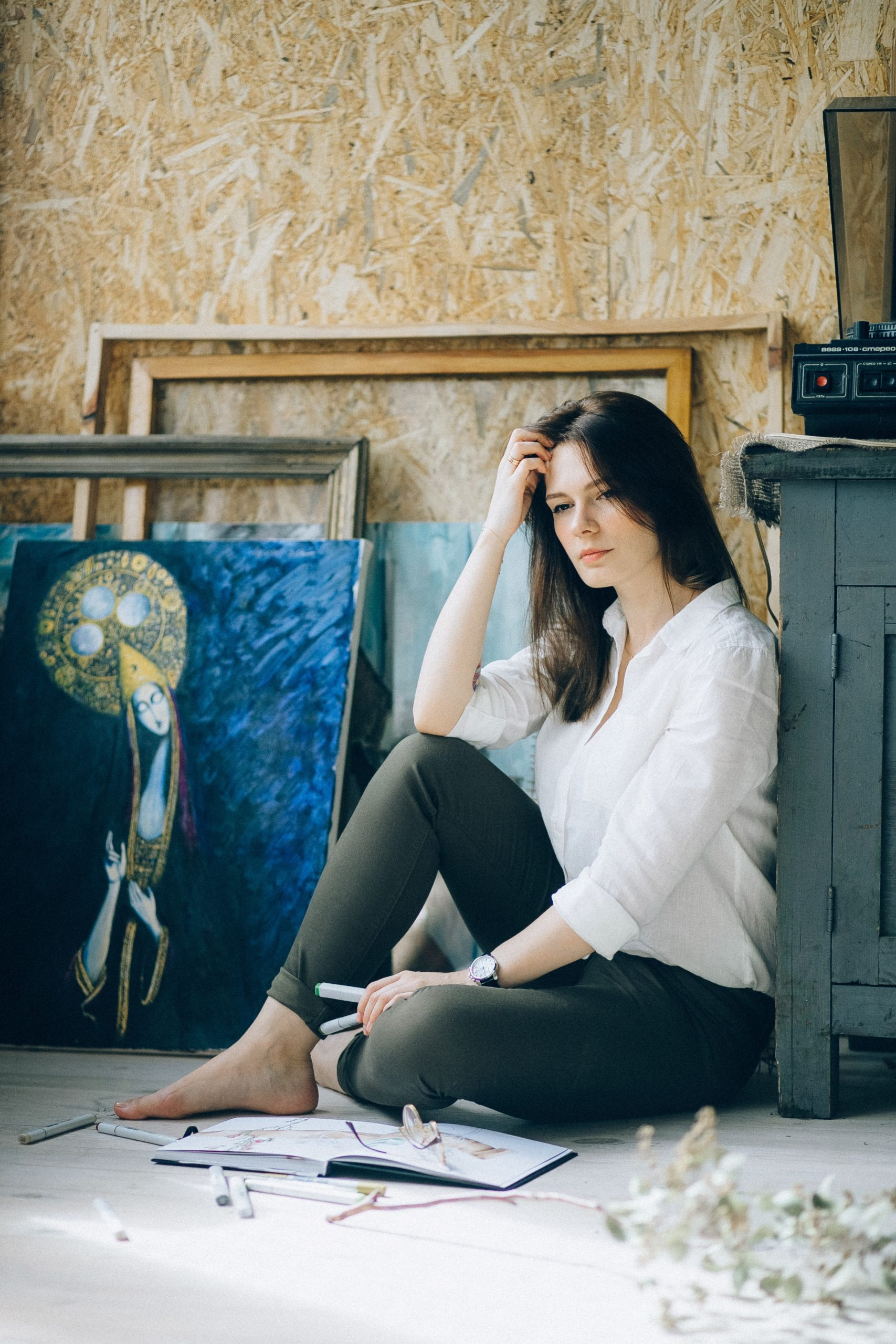 Woman with art relfecting